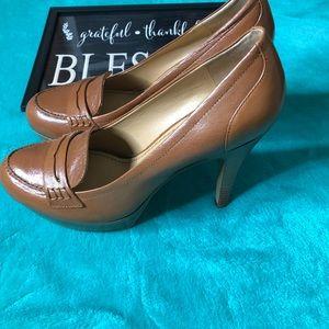 Nine West Gorgeous Brown Career Heels Size7
